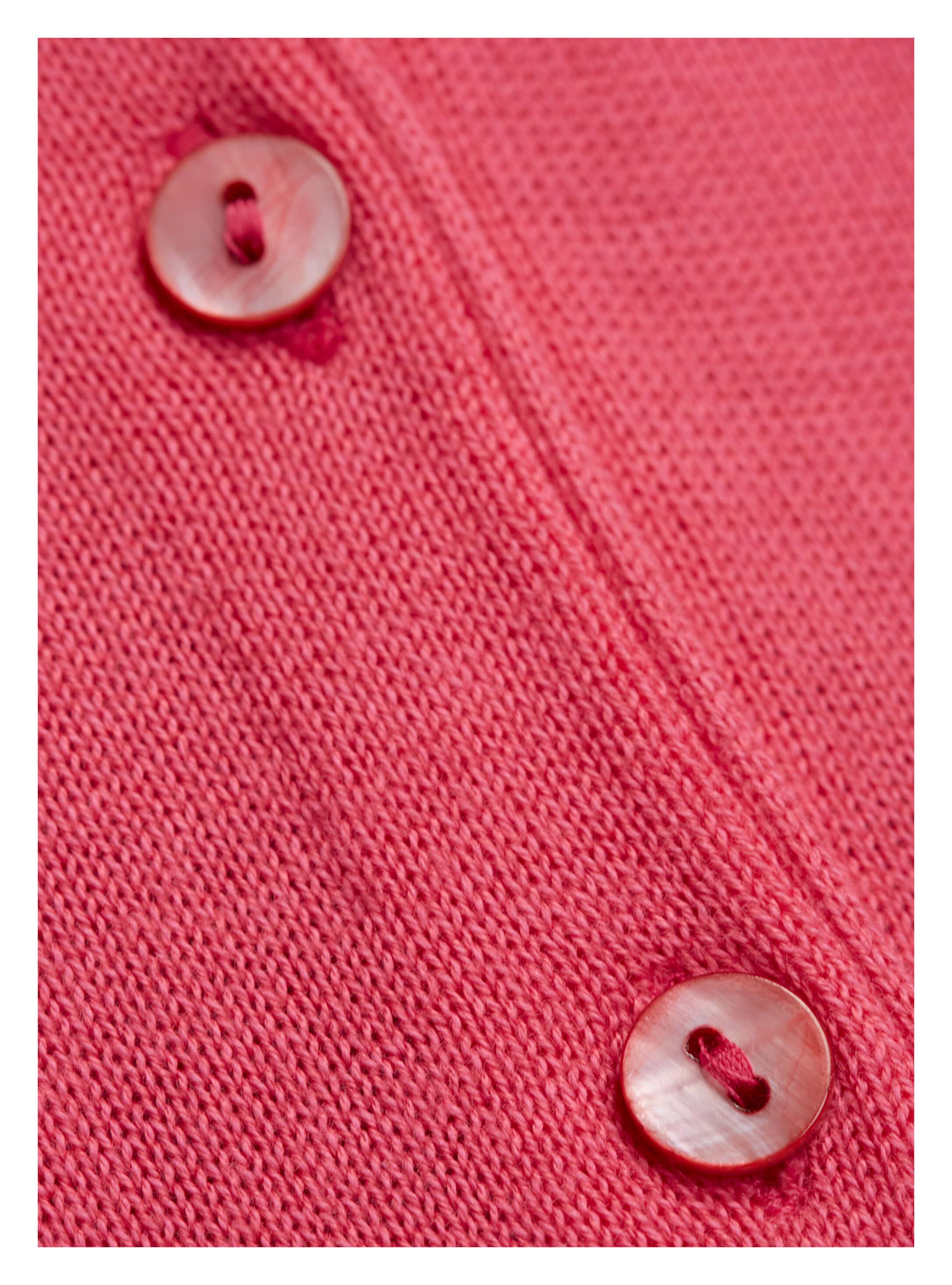 6a91f615970edd ... Vorschau: Klassische Damen-Strickjacke von golléhaug mit Langarm und V- Ausschnitt
